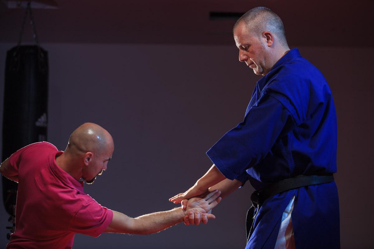 Diseño Cartelería escuela de artes marciales Fitness Sports Valle las Cañas